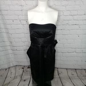 Lauren Conrad strapless black dress w/bow tie Sz 8
